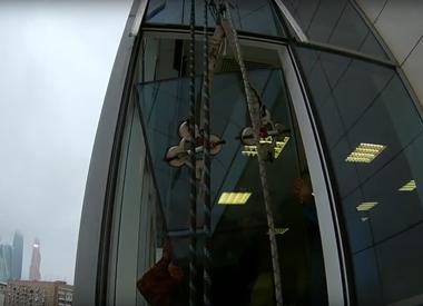 """Замена фасадного остекления в БЦ """"Европа Билдинг"""""""